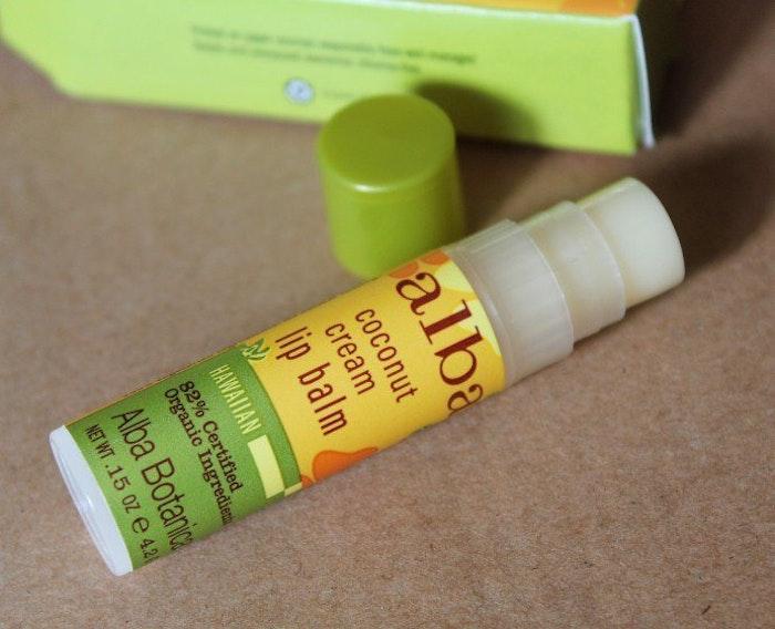 alba botanicals lip balm