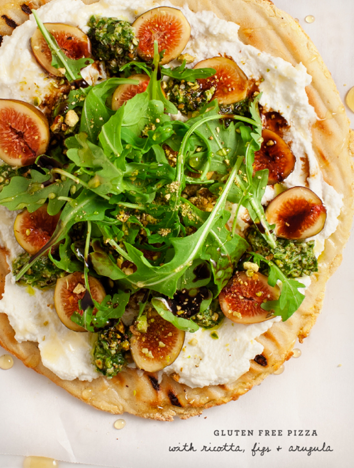 best food blogs, Fig & Ricotta Flatbread Pizza