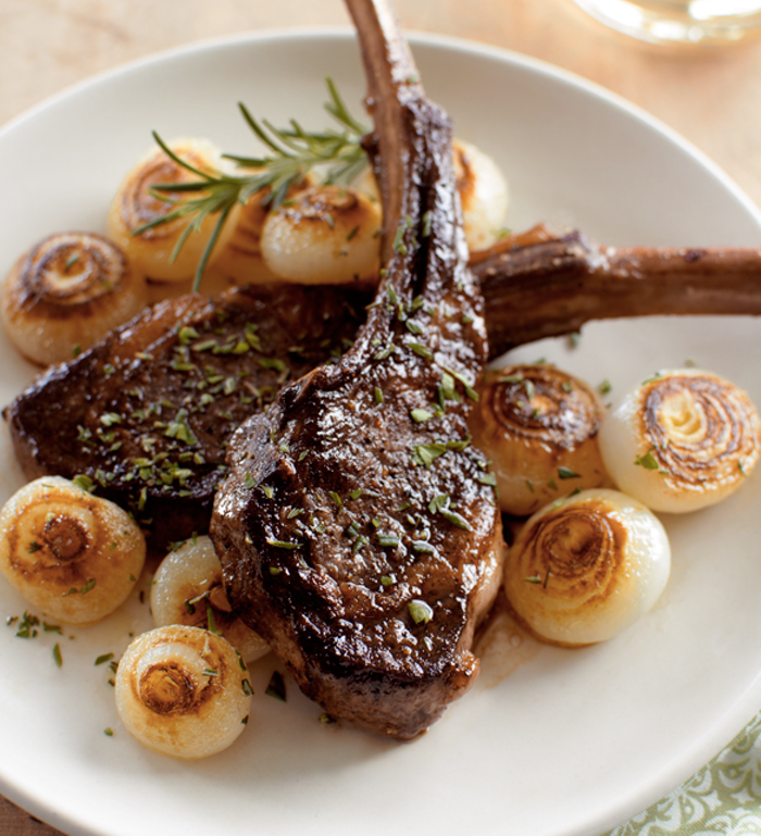 best food blogs, Pan-Seared Lamb Chops with Cippolini Onions